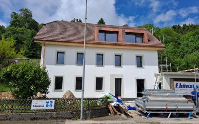 Maison entièrement rénovée à Prêles